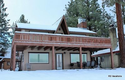 Modern Lakefront Combo: Updated Lakefront Dual-Cabin. Sleeps 6