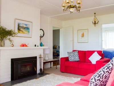 Photo for GORGEOUS ECHO HILLS COTTAGE IS SET AT THE FOOT OF THE DARLING RANGES
