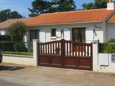 Photo for HOUSE JARD S / MER (85) - 5/6 pers. - CLOSED GARDEN - VERANDA - GARAGE - WIFI -
