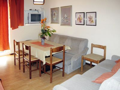 Photo for Apartment Petrica (RAB108) in Rab/Rab - 6 persons, 2 bedrooms
