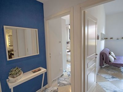 Photo for One bedroom Apartment, sleeps 4 with Air Con, FREE WiFi and Walk to Shops