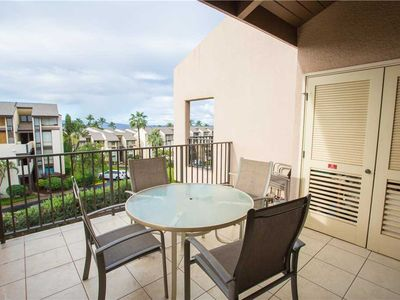 Photo for Kamaole Sands 8-409 - 2-bedroom, Renovated, Ocean View, Expansive Lanai, Pool