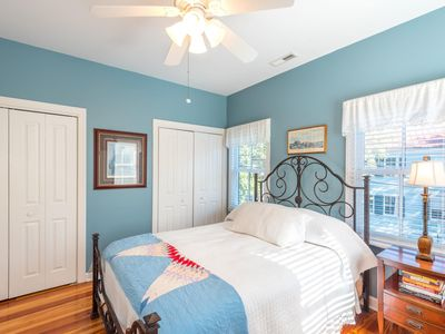 Photo for Enchanting 2 bedroom Apt- Heart of Charleston!