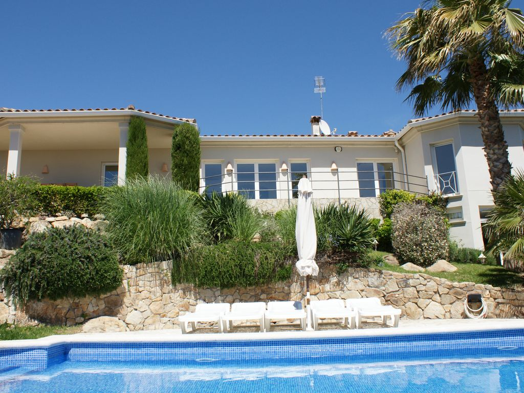 Luxury Villa In Playa De Aro With A Panoramic View Of The Costa Brava Sea Castell Platja Daro