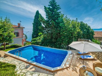Photo for This 4-bedroom villa for up to 7 guests is located in Moscenicka Draga / Mošćenička Draga and has a