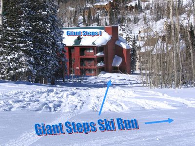 Large Corner condo. Ski in & out. Upstairs  suite. Wrap around patio. Slope view