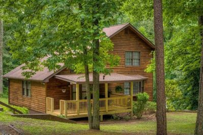 Beautiful 3 bedroom cabin on an acre of land!