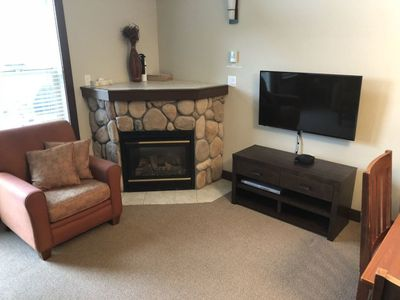 Gas Fireplace & Cable TV