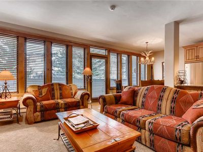 Photo for Luxury Condo with Mountain Views, Pool, Hot Tubs, walk to Lionshead Gondola | SunVail 22B