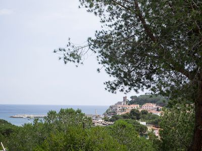 Photo for Mediterranean Villa with Wi-Fi, Terrace and Sea View