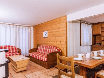 Photo for Residence Le Val Chaviere - 10/12 Persons 6 Rooms