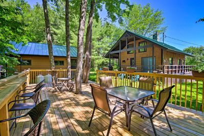Head to New Hampshire for a one-of-a-kind escape at this vacation rental house!