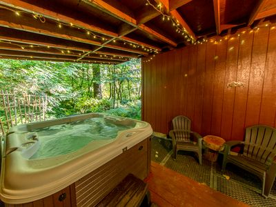 "Photo for ""Moose Creek Cabin"" with hot tub. Minutes to Mt. Hood and hiking."