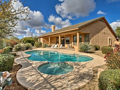 Photo for Elegant Scottsdale Oasis w/ Mtn View: Dogs Welcome