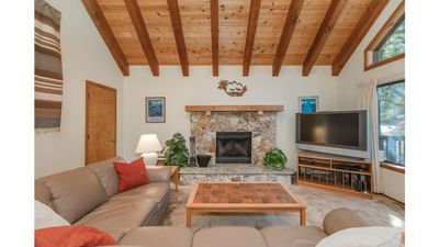 Photo for Gorgeous Cozy Northstar/Lake Tahoe Home - Hot Tub!