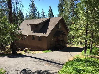 Photo for 2BR Cabin Vacation Rental in Arnold, California