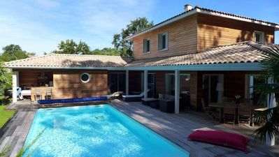 Photo for Arcachon bay - beautiful villa with heated pool -10 people