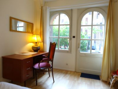 Photo for 4 * Beautiful 2 Big Room Flat + Large Saloon Cozy TV Room Parking Self Catering +