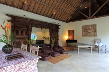 Photo for Tirta Naga Villa - Near Seminyak Square