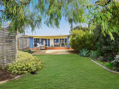 Photo for Goolwa Blue Escape - Wifi - Pet Friendly