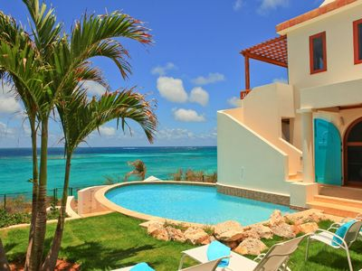Photo for Villa Black Pearl - Privacy and Relaxed Elegance on Exquisite Shoal Bay Beach