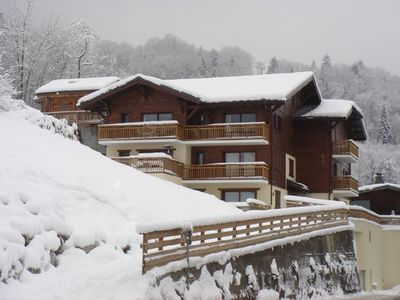 Photo for Luxury chalet/apartment next to slopes and restaurants (sleeps up to 8 people)