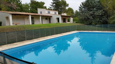 Photo for Large, comfortable house with swimming pool on 2 ha in Aix countryside
