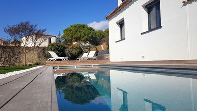 Photo for Large Sunny Villa with Pool in Saint Georges d'Orques