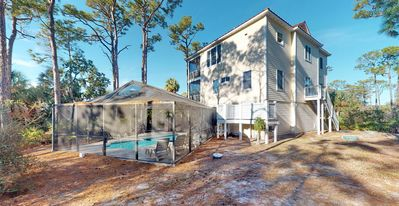 """Photo for Private Plantation Home! Private Pool, Pets welcome, Free Beach Gear, 5BD/4BA """"Heron's Rest"""""""