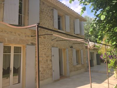 Photo for Provencal stone house of 130m2 with swimming pool 3.5 x 7m secure