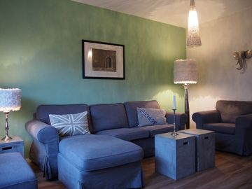 Yearning for the sea? Charming Holiday semi-detached house with large garden