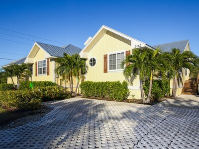 Photo for 4BDs ~ Approx 2 Blocks to Beach ~ Private HEATED Pool & Spa, Free WiFi