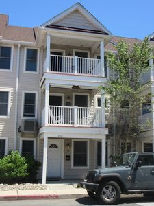 Photo for Beautiful 3-Level Townhouse Just Minutes Walk to the Beach, Boardwalk and Bay