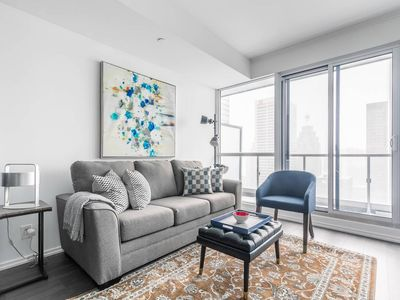 Photo for Amazing 2BR Executive Suite in Financial District