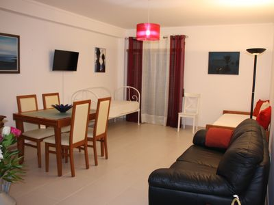 Photo for 1 bedroom apartment Modern Bright and Spacious