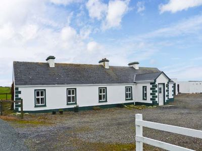 Photo for GREEN FORT COTTAGE in Dromore West, County Sligo, Ref 28296