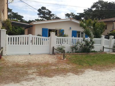 Photo for Lacanau-Océan 300m from the ocean, calm, detached house with blue shutters