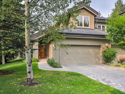 Photo for Sun Valley Townhome on Golf Course Near Ski Lifts!