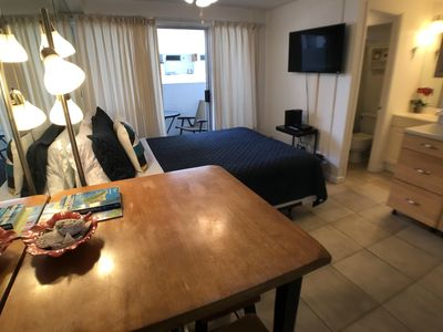 Photo for Clean, Close to Beach    *LEGAL VACATION RENTAL