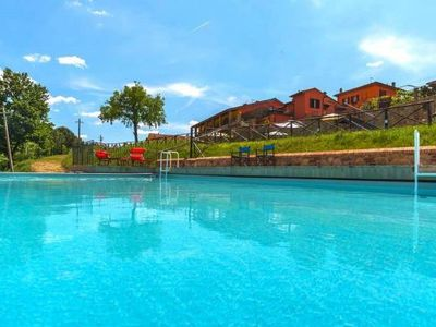 Photo for Holiday residence Casa Vacanze Le Fornaci, Laterina  in Chianti - 4 persons, 2 bedrooms