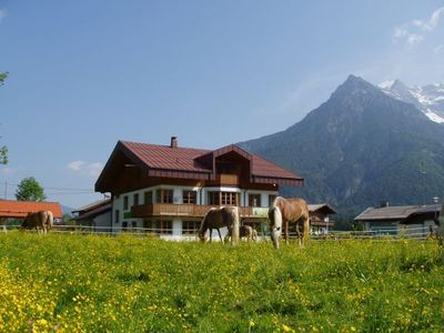 Photo for Cozy apartment (up to 5 P) & balcony Pillersetal / Kitzbühel Alps