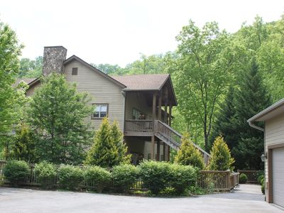 Photo for New Luxury Smoky Mountain Country Club Condo ($99/weekday thru May 23)