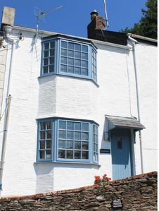 Photo for Seahorse Cottage is a beautiful cosy 1 bed cottage with river views and parking