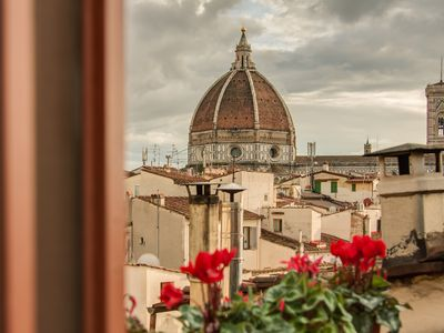 Photo for Lovenest with terrace Duomo view