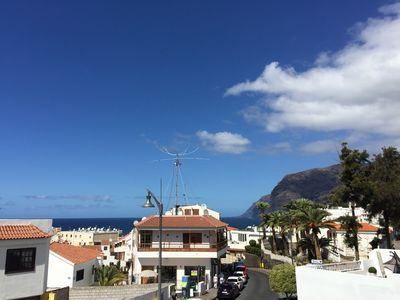 Photo for Cozy vacation apartment in South Tenerife, Los Gigantes