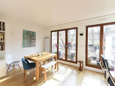 Photo for Sun-filled and sleek-designed studio close to all the delights of Paris (Veeve)