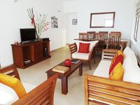 We loved staying in Samudra House. Nilanka'a wife was there to greet us when we arrived and