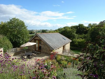 Photo for WAYSIDEFORD BARN, country holiday cottage in Ashburton, Ref 975816