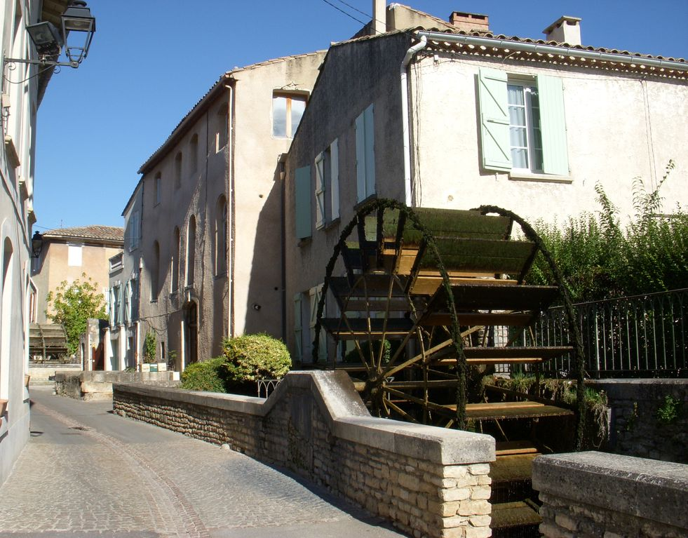 The nest of the isle holiday rental in isle sur la sorgue for Avignon sorgues