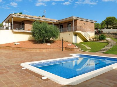 Photo for 4BR Villa Vacation Rental in Barà-Mar